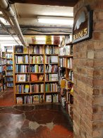 Just one of the five distinct rooms within the marvelous maze at 57th Street Books.